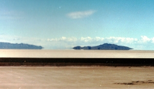 Mountains seem to float because of the air around the salt flats